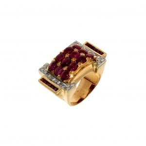 Ring with rubies and diamonds