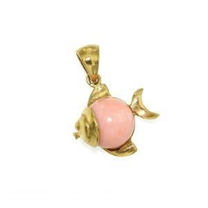 Ciondolo con pesce in oro e corallo rosa