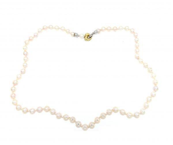 Collana classica con perle di mare