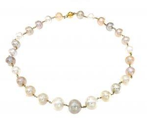 Collana classica di perle multicolor