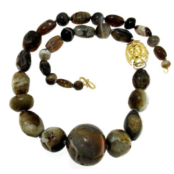 Collana di agata del Botzwana antica