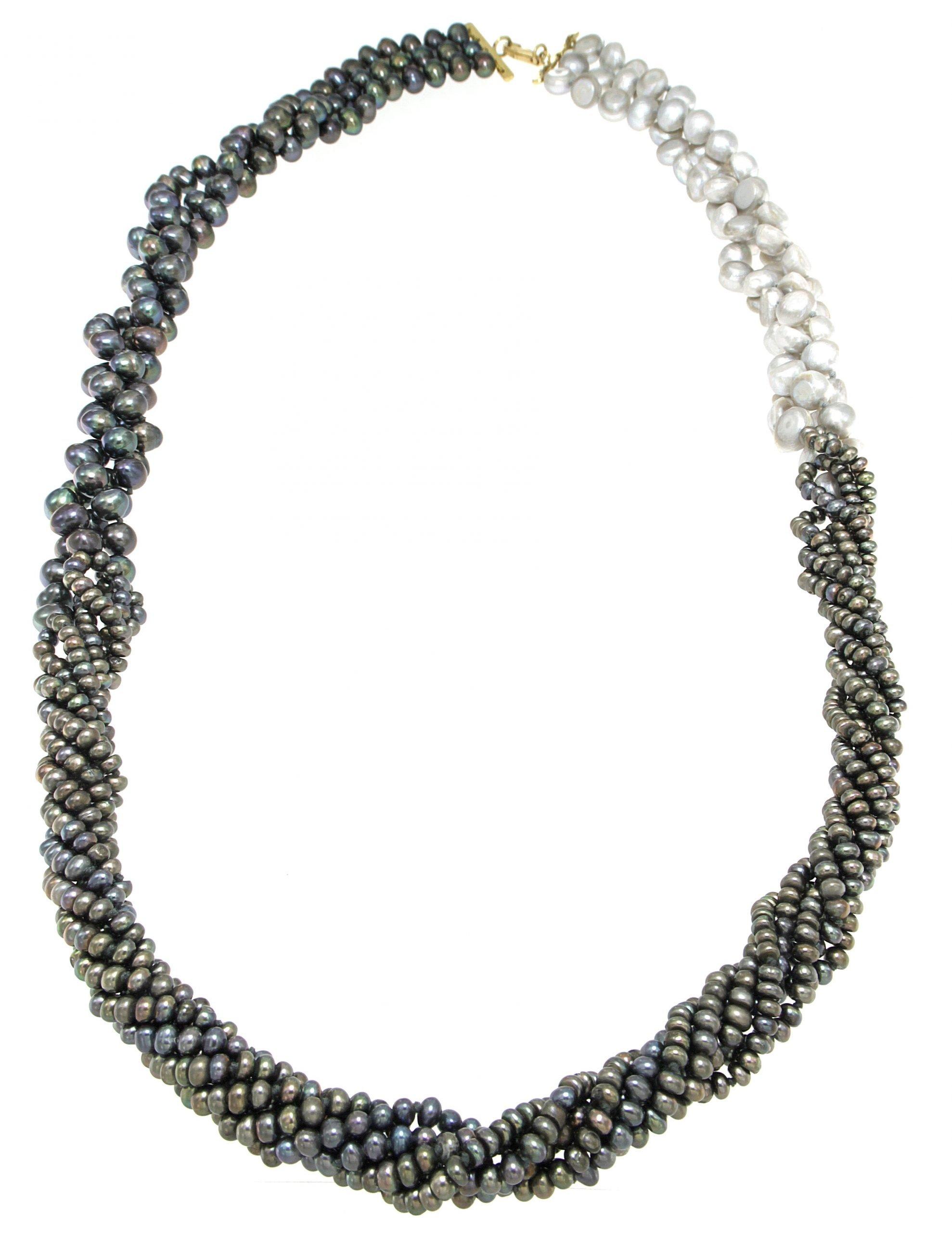 Collana lunga multifilo di perle