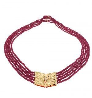 Collana multifilo in rubino naturale sfaccettato con chiusura in oro