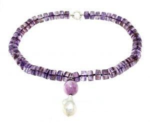 Collana rondelle di ametista con pendente di perla