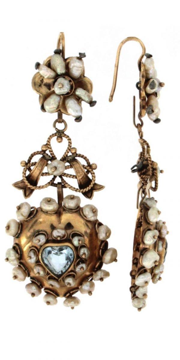 Orecchini pendenti in oro 14 con perle acqua dolce e topazio azzurro naturale