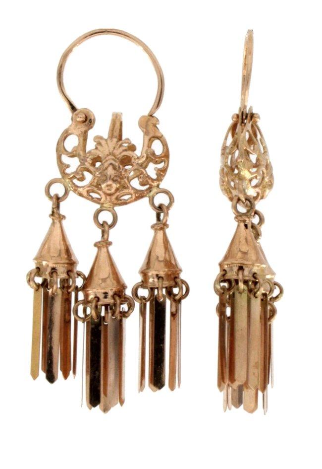 Orecchini pendenti in oro di manifattura napoletana